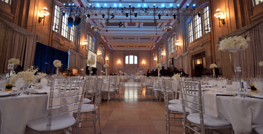 wedding at union station's grand hall in kansas city