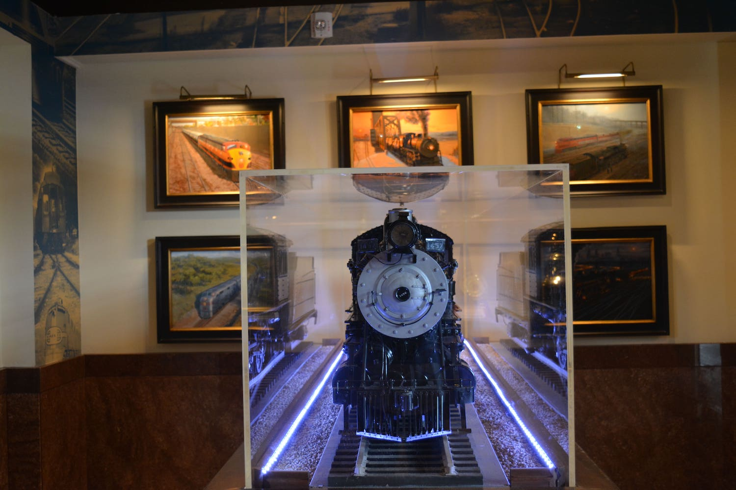 Shot of Haverty Gallery Railroad